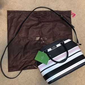 Kate spade satchel purse. Used once.